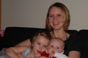 Meg selv med Matilde og Aurora julen 2008
